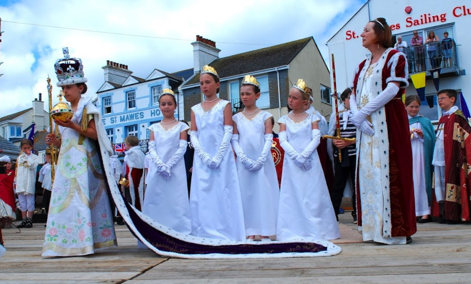 The Queen and her Maids of Honour 2012